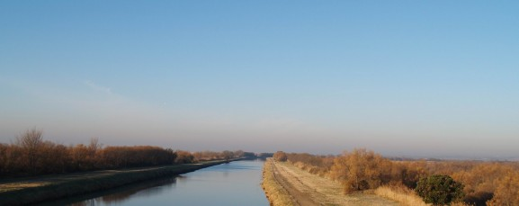 Canal rhône à Sête